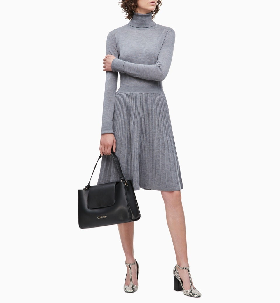 Women's Designer Handbags: Clutches, Totes, Crossbody